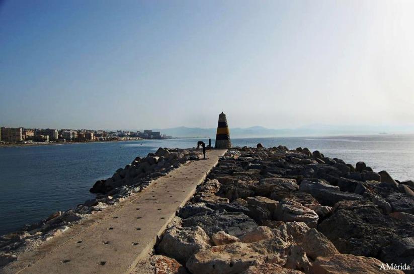 Espigón Puerto Marina