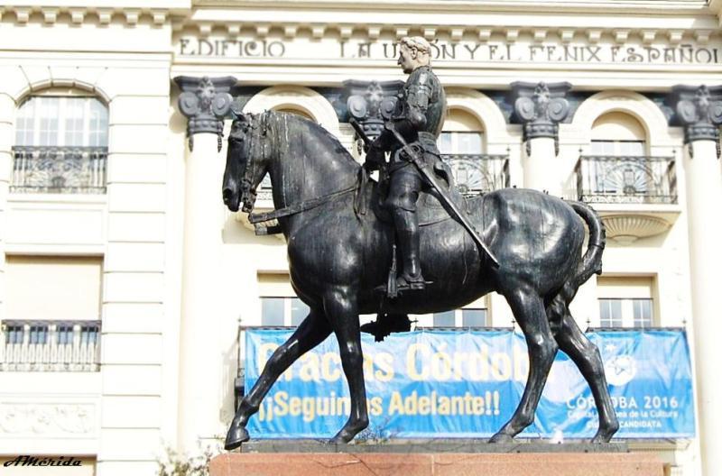 Estatua del Gran Capitán, plaza de las Tendillas en Córdoba